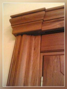 dettaglio porta in legno