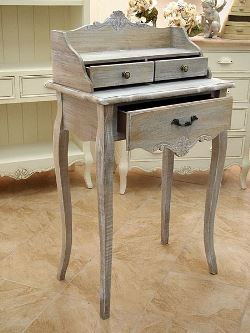 Arredi su misura per uno stile shabby chic ecco qualche - Mobiletto cucina shabby ...