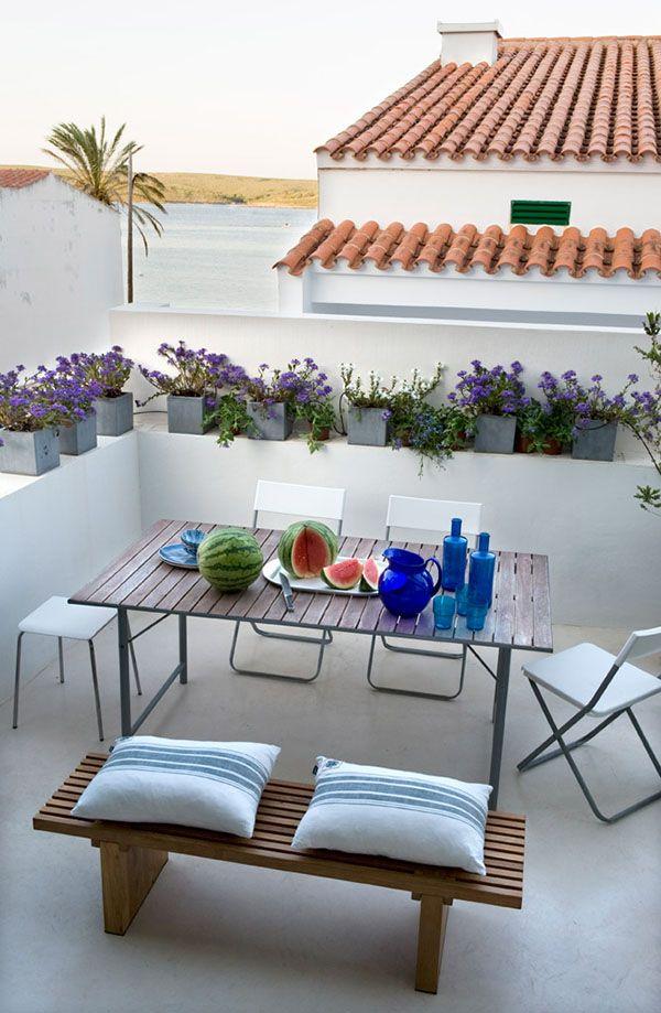 un posto al sole arredare l 39 esterno arredi e mobili