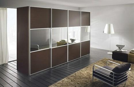 Armadio con televisore incorporato cheap foto armadio con for Specchio wenge